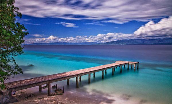 PBB Nobatkan Pantai Liang sebagai Pantai terindah di Indonesia