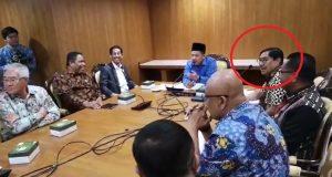 Zeth Sahuburua Mengadu ke Fahri Hamzah soal CPNS Maluku